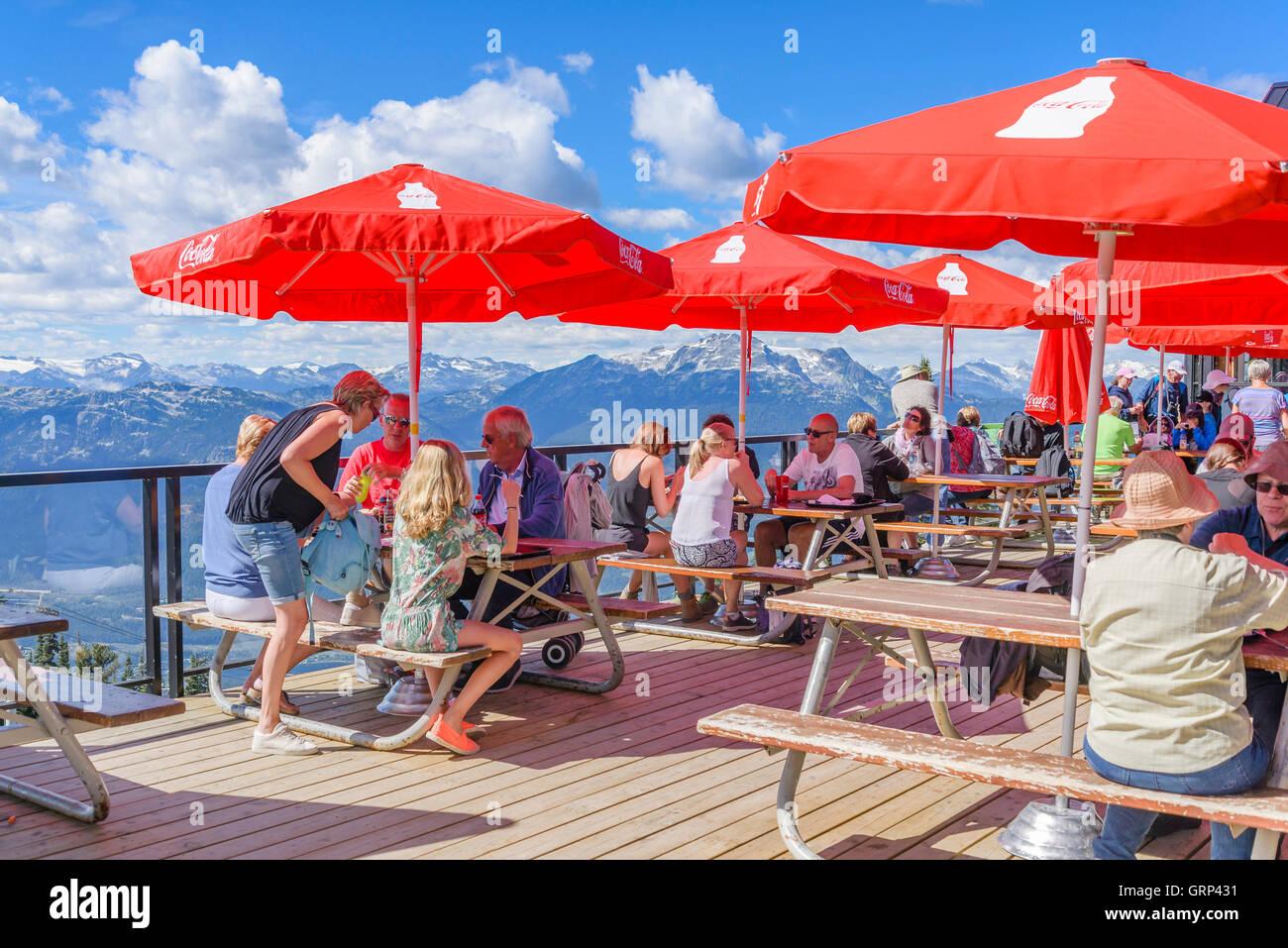 Restaurant Terrasse, Blackcomb Mountain, Whistler, Britisch-Kolumbien, Kanada. Stockbild