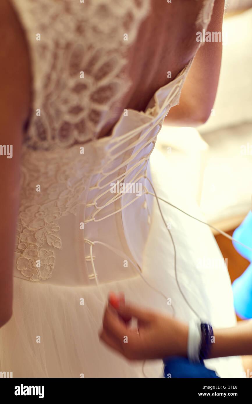 Tolle Die Knoten Brautjunferkleider Fotos - Brautkleider Ideen ...