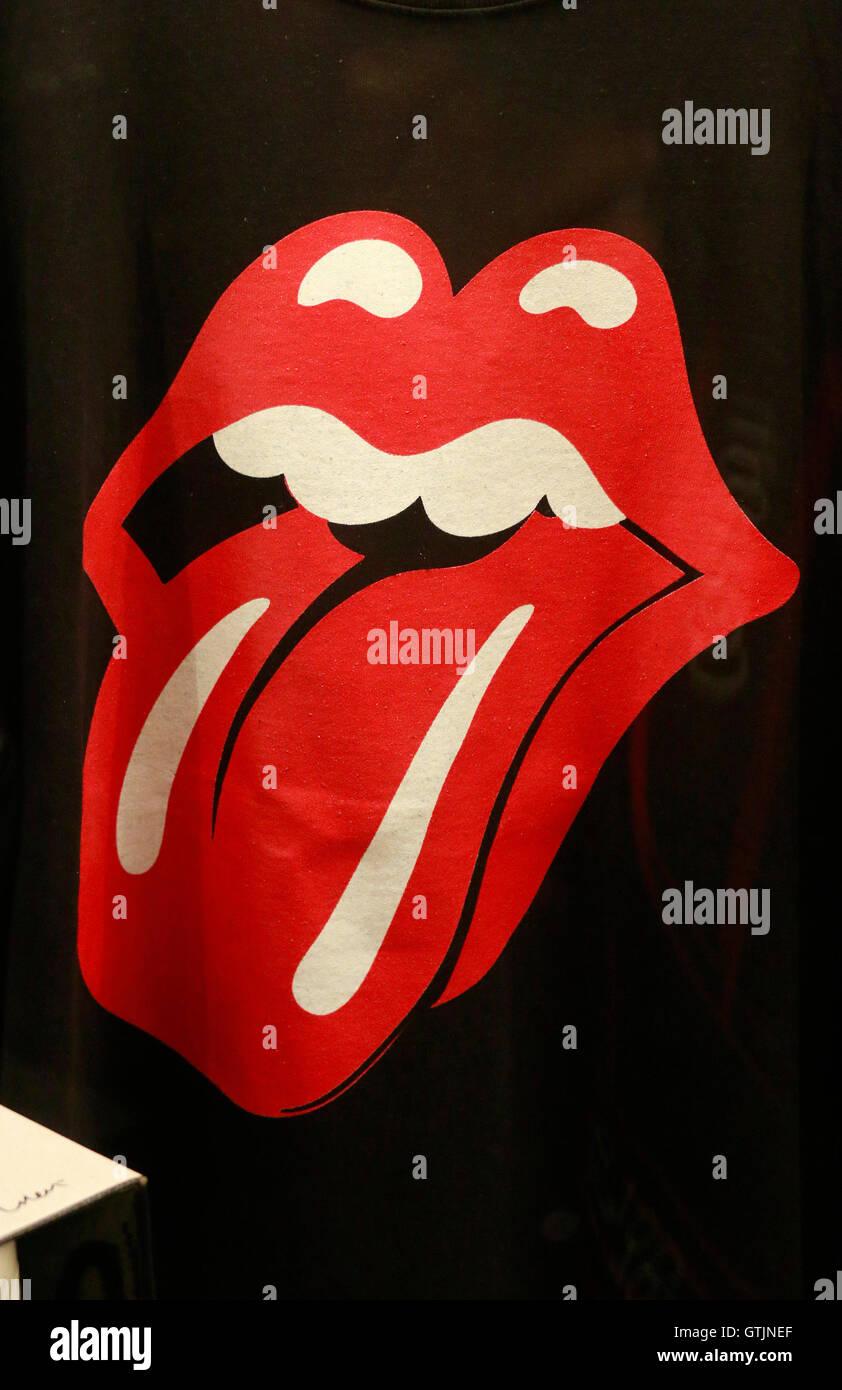 "Das Logo der Band ""Rolling Stones"", Berlin. Stockbild"