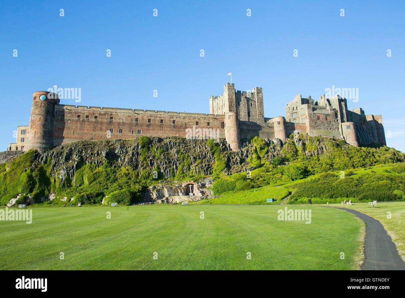 Ansicht von Bambugh Burg, Bamburgh, Northumberland, England Stockbild