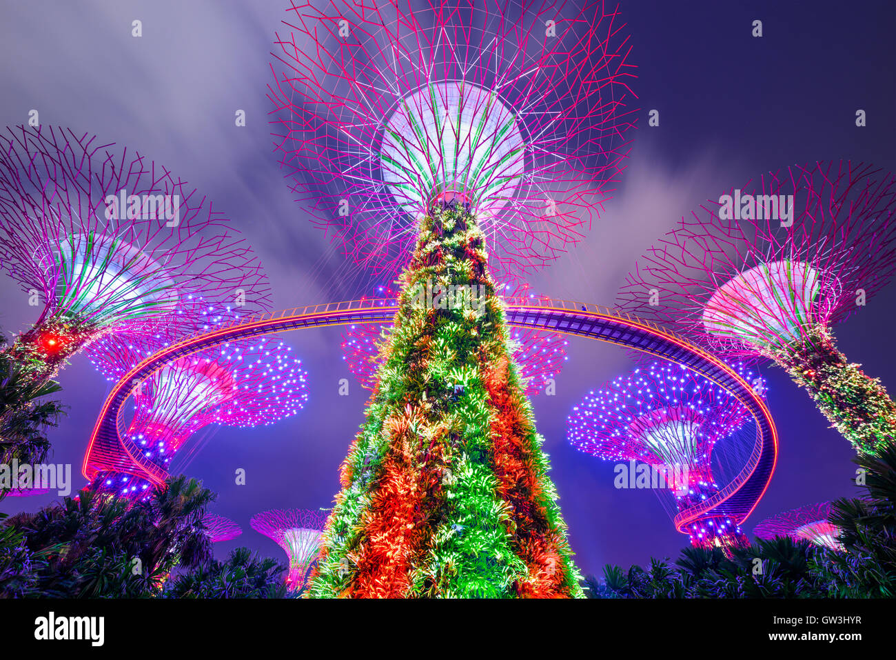 Supertrees Gardens by the Bay in Singapur. Stockbild