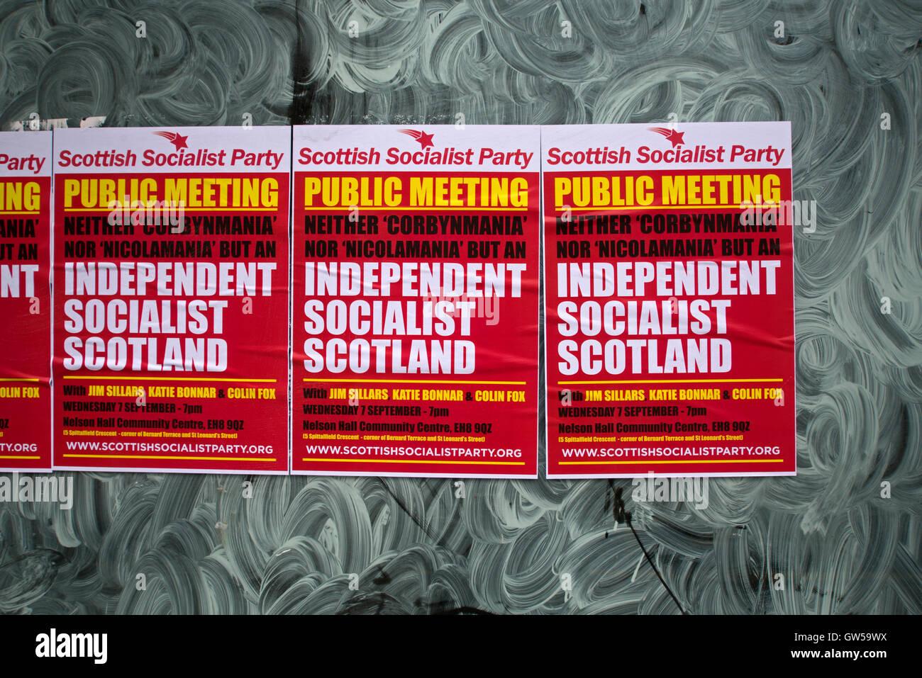Scottish Socialist Party SSP Plakate auf dem Fenster eines leeren Ladens in Edinburgh. Stockbild
