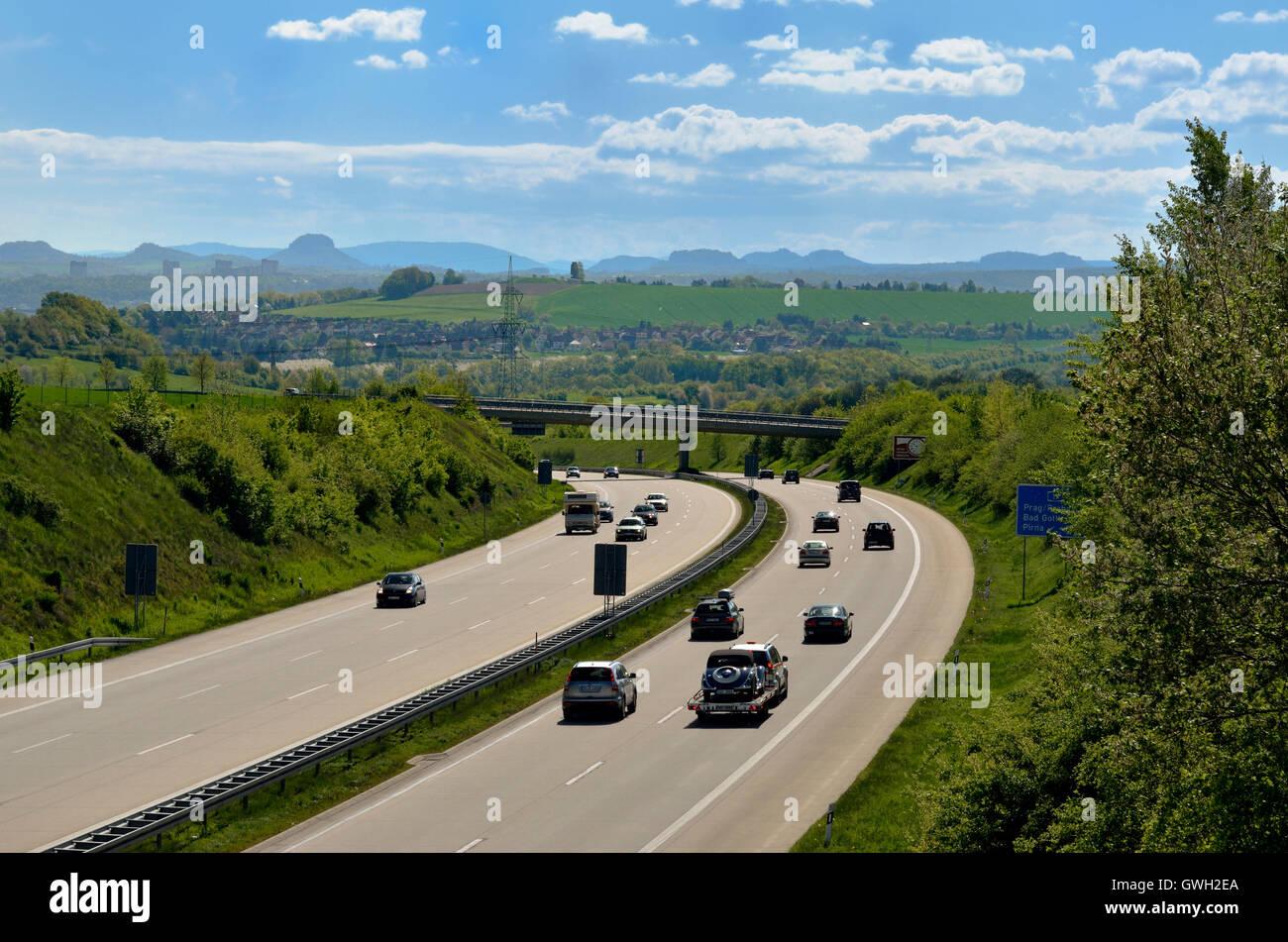 Autobahn A 17, Autobahn A 17 Vor Dem Elbsandsteingebirge Stockbild