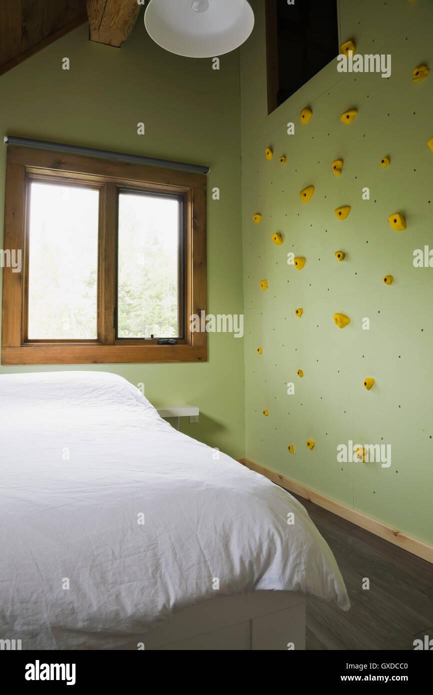 Kinderzimmer Kletterwand | Kinderzimmer Mit Kletterwand Im Cottage Stil Blockhaus Quebec