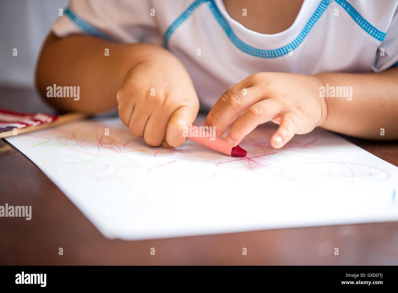 Crayon Stockfotos & Crayon Bilder - Alamy