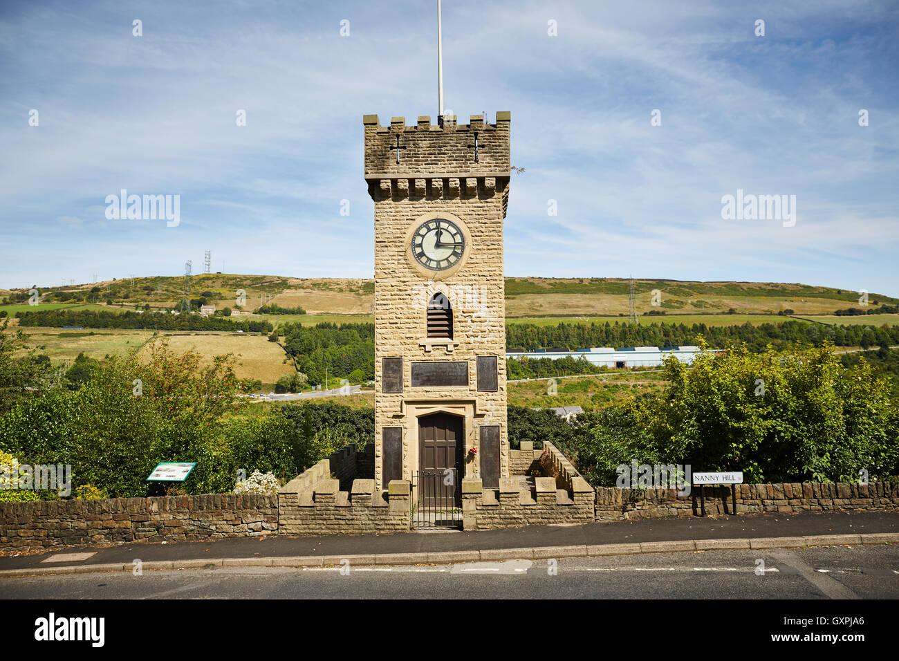 Stockbridge Clock Tower Memorial 1923 Denkmal der großen Krieg WW1 Weltkrieg WW2 Clock Tower Gardens Stocksbridge Stockbild