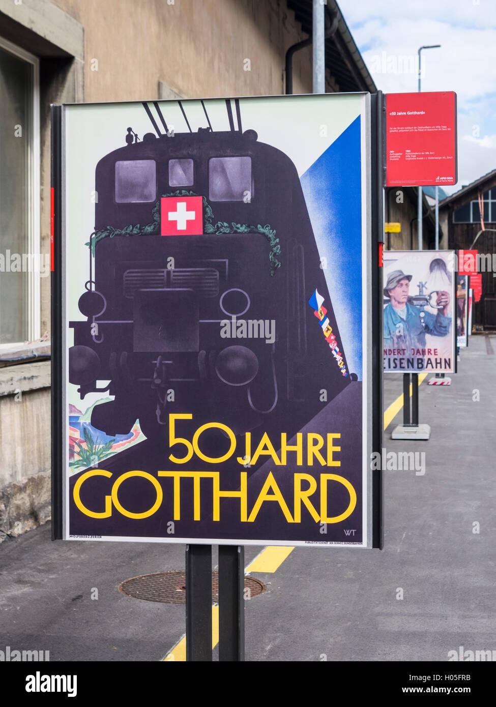1932 Art-Deco-Werbung für die Schweizerischen Bundesbahnen SBB fördern das 50-jährige Jubiläum der Gotthardbahn. Stockfoto