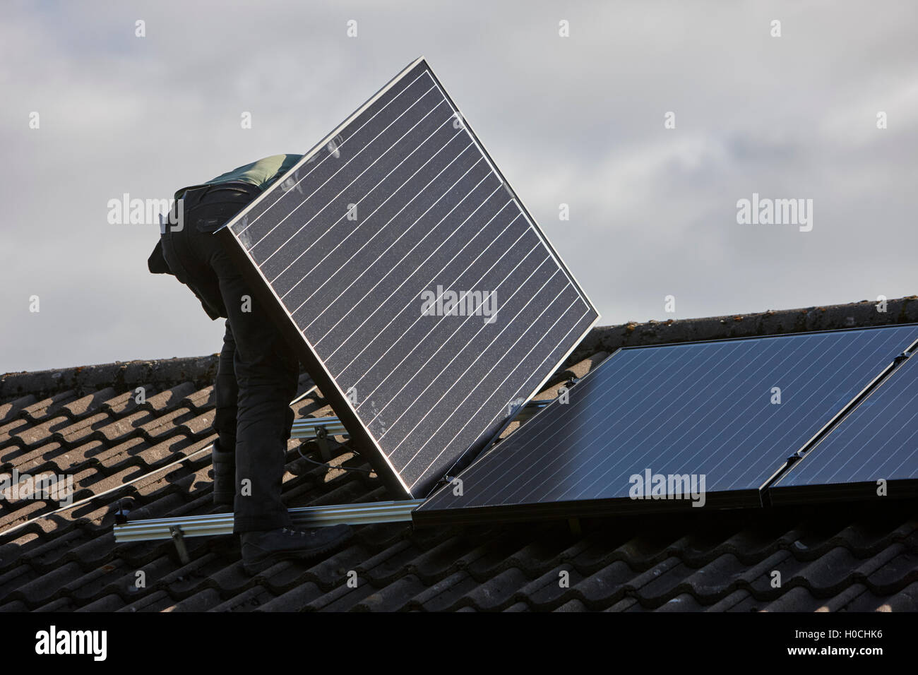 pv panel uk stockfotos pv panel uk bilder alamy. Black Bedroom Furniture Sets. Home Design Ideas