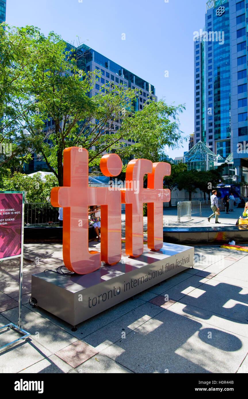 Blick rund um das Vergnügungsviertel in TIFF in Toronto, Kanada Stockbild