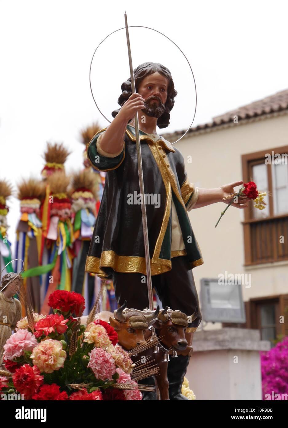 Statue von San Isidro Labrador, Wallfahrt, ein Sommerfest, ländlichen Traditionen Feiern statt ihm zu Ehren, Stockbild