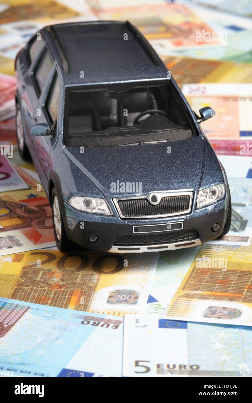 Ein neues Auto kaufen, Konzept Stockbild