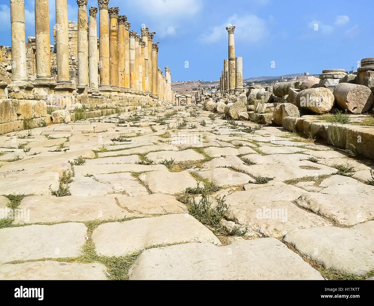 Spuren der römischen Wagenräder, Jerash, Jordanien Stockbild