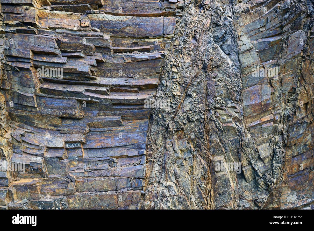 Vulkanisch Entstandene Schichten von Basaltgestein, Bergdorf Masca, Teno Gebirge, Teneriffa, Kanarische Inseln, Stockbild