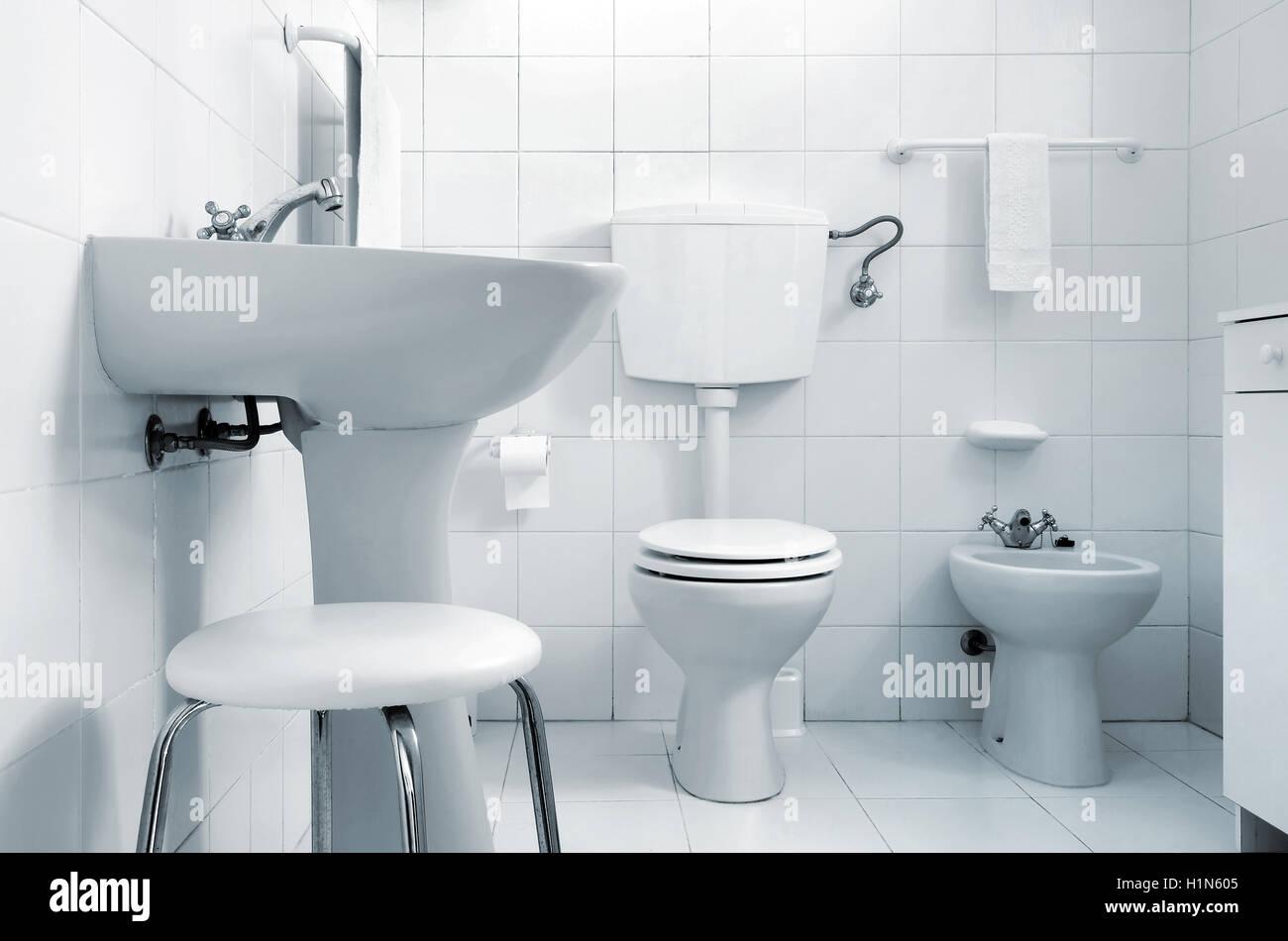 Schwarz Weiss Bild Einer Toilette Mit Wc Bidet Waschbecken Und