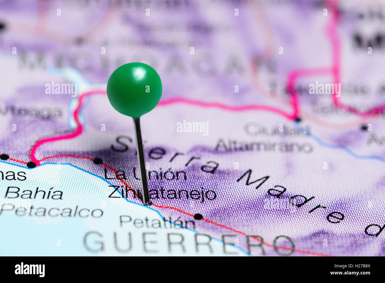 Zihuatanejo fixiert auf einer Karte von Mexiko Stockbild