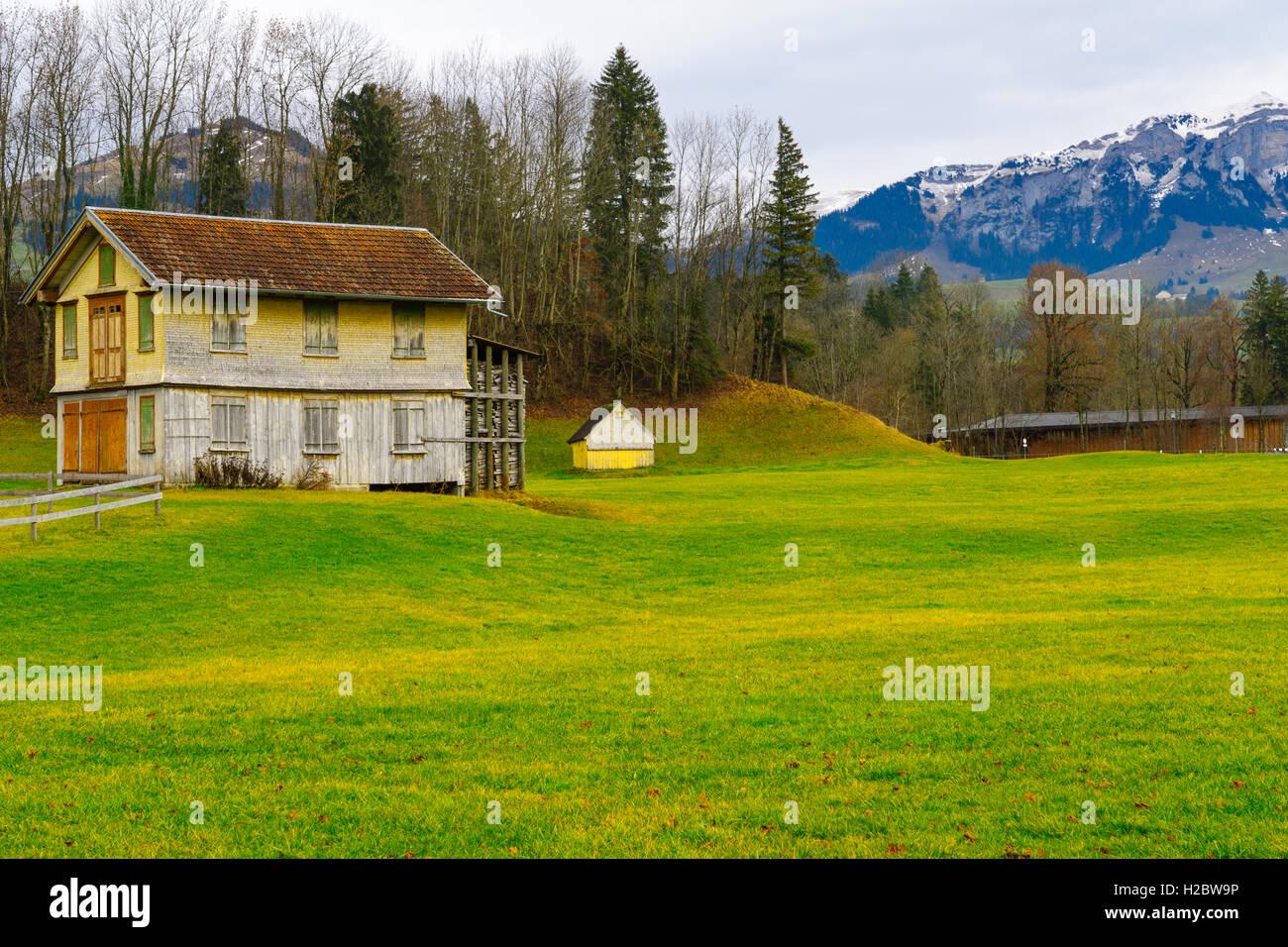 Typische Häuser und Landschaft, in Appenzell, Schweiz Stockbild