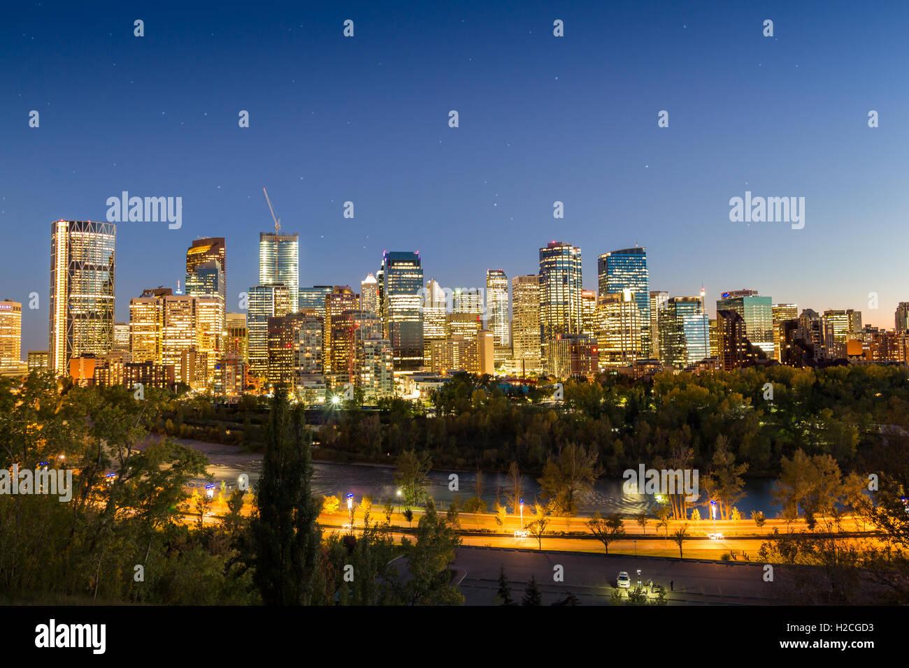 Calgary Downtown Nacht mit kleinen Sternen Stockbild