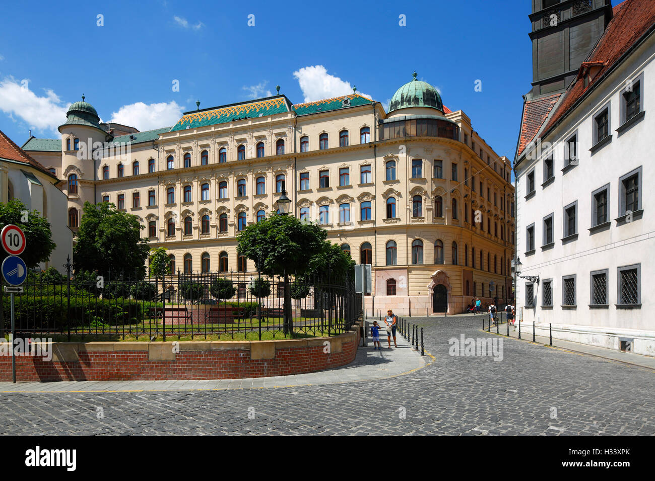 Hauptpostamt in Bratislava, Westslowakei, Slowakische Republik Stockbild