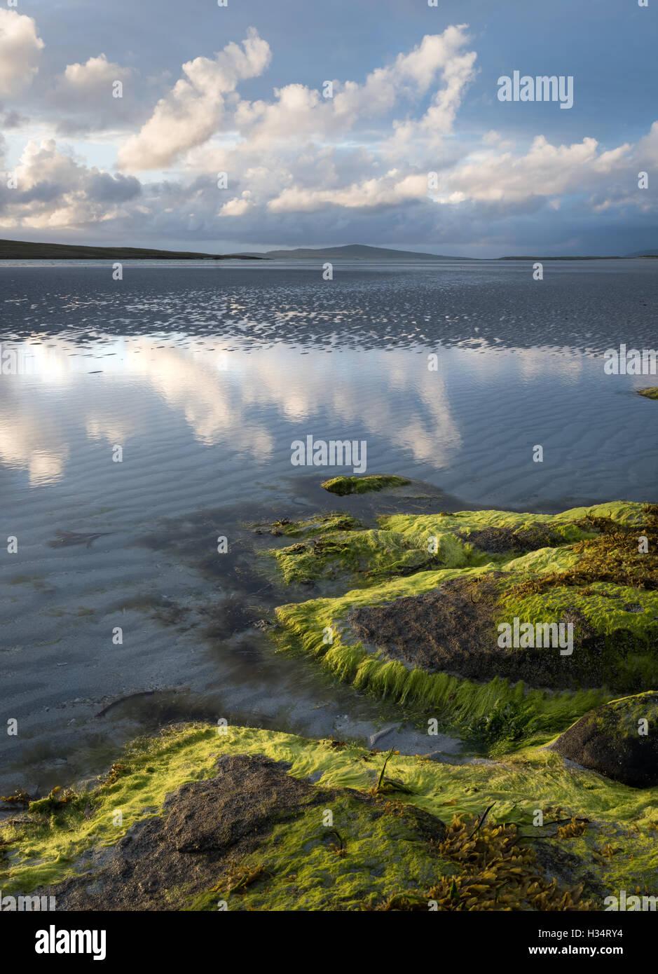 Strand-Reflexionen, North Uist, äußeren Hebriden, Western Isles, Schottland Stockfoto