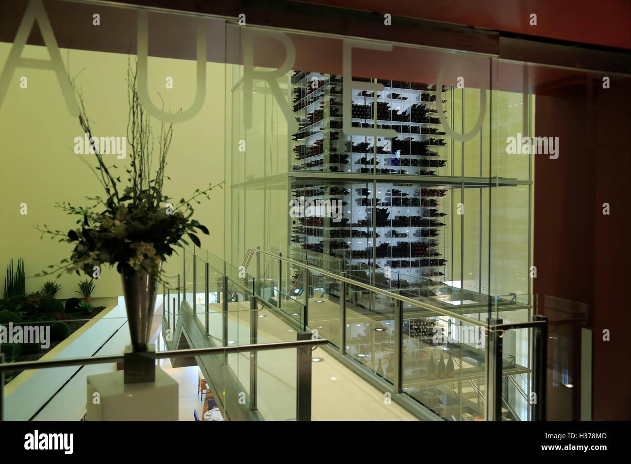 Weinlagerung in Aureole Restaurant in Mandalay Bay Hotel und Casino.Las Las Vegas, Nevada, USA Stockbild
