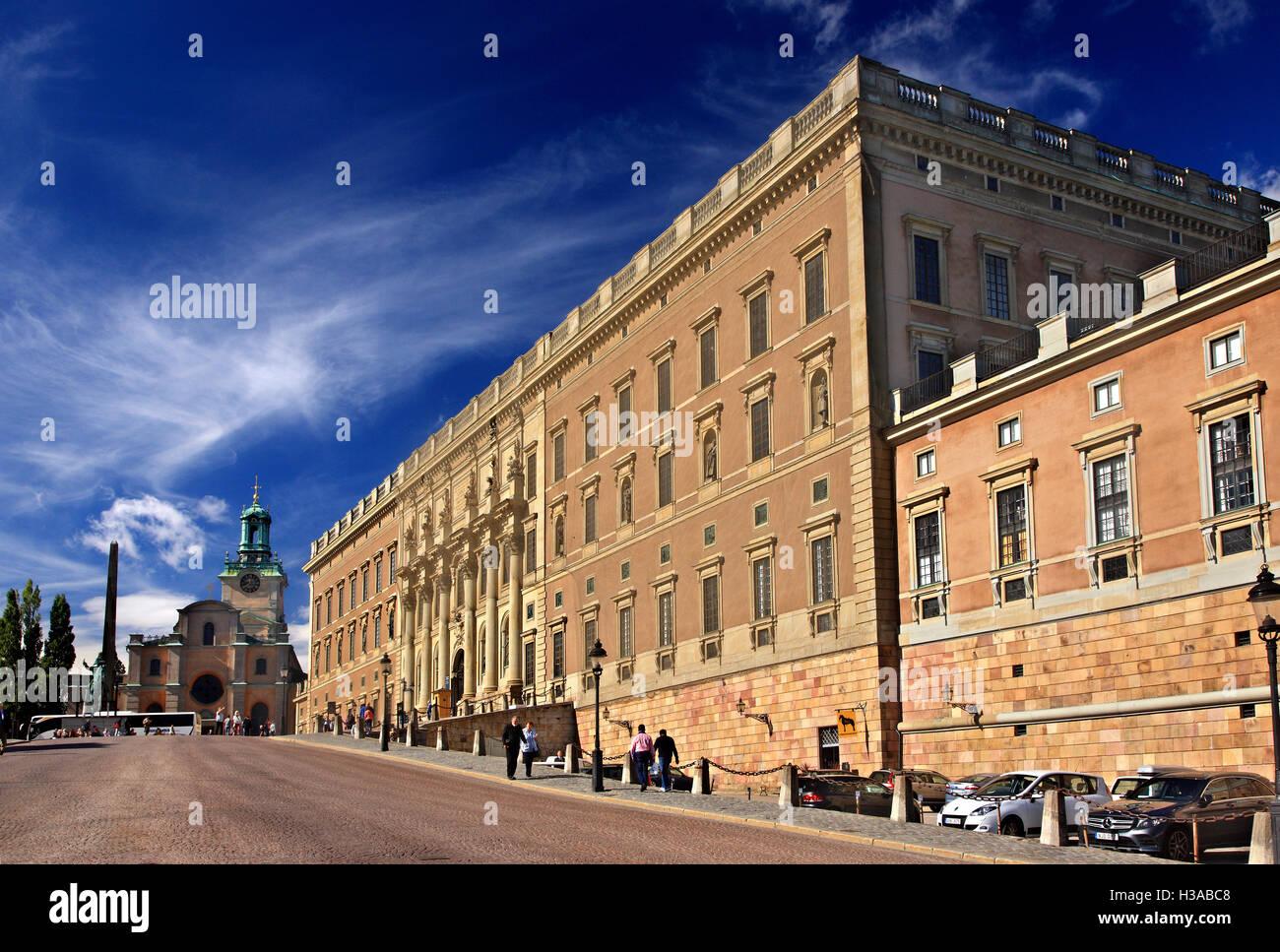 Der Knigliche Palast Kungliga Slottet In Gamla Stan Altstadt Stockholm Schweden