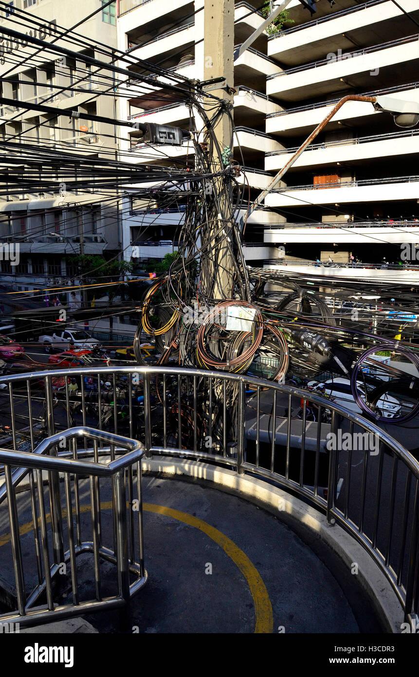 Elektrische Verdrahtung in bangkok Stockbild
