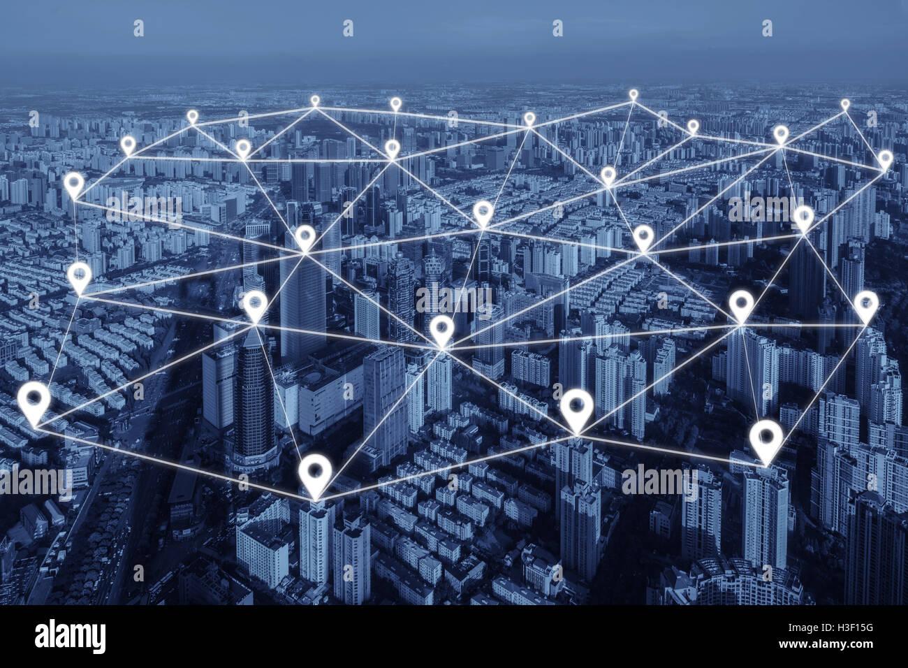 Karte-Pin flach der Netzwerkverbindung in Stadt. Netzwerk-Verbindung-Konzept. Stockbild