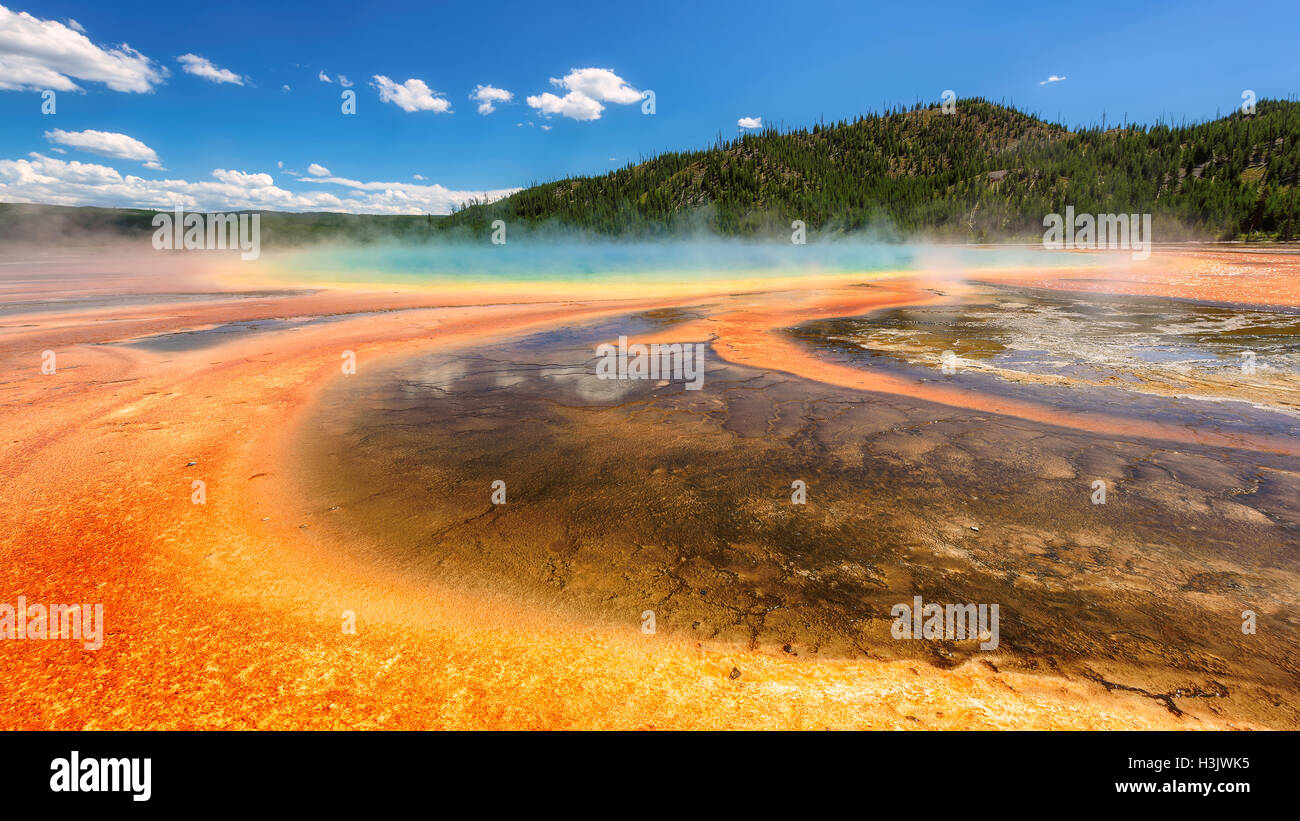 Thermalbad Grand Prismatic Spring, Yellowstone National Park, Wyoming Stockbild