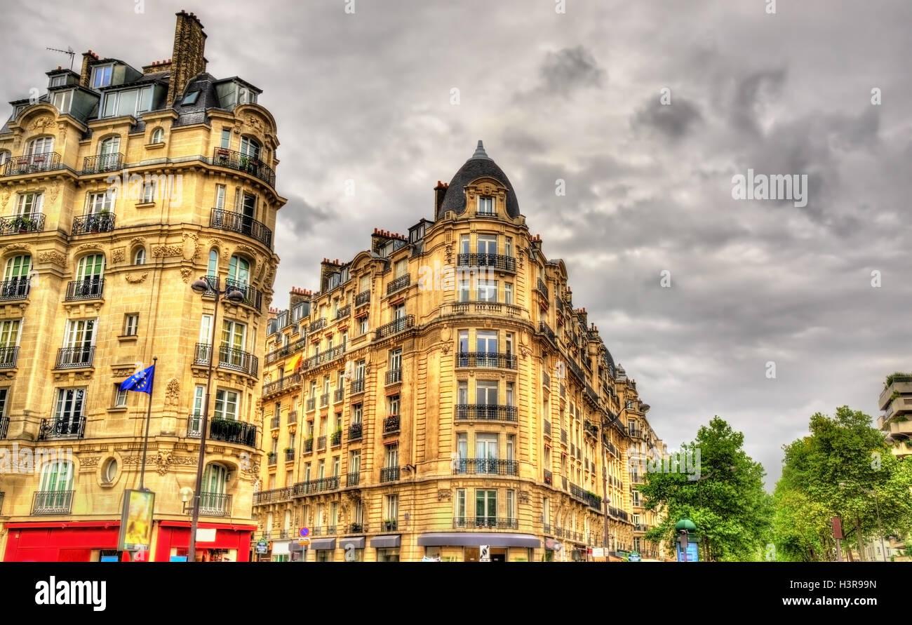Gebäude auf Joffre Platz in Paris - Frankreich Stockbild