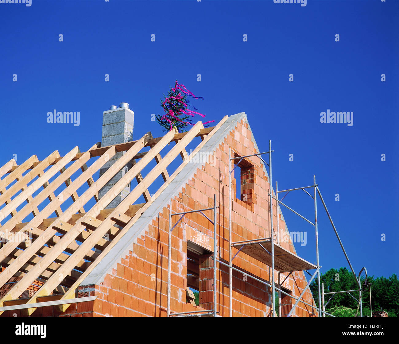 topping out ceremony stockfotos topping out ceremony bilder alamy. Black Bedroom Furniture Sets. Home Design Ideas