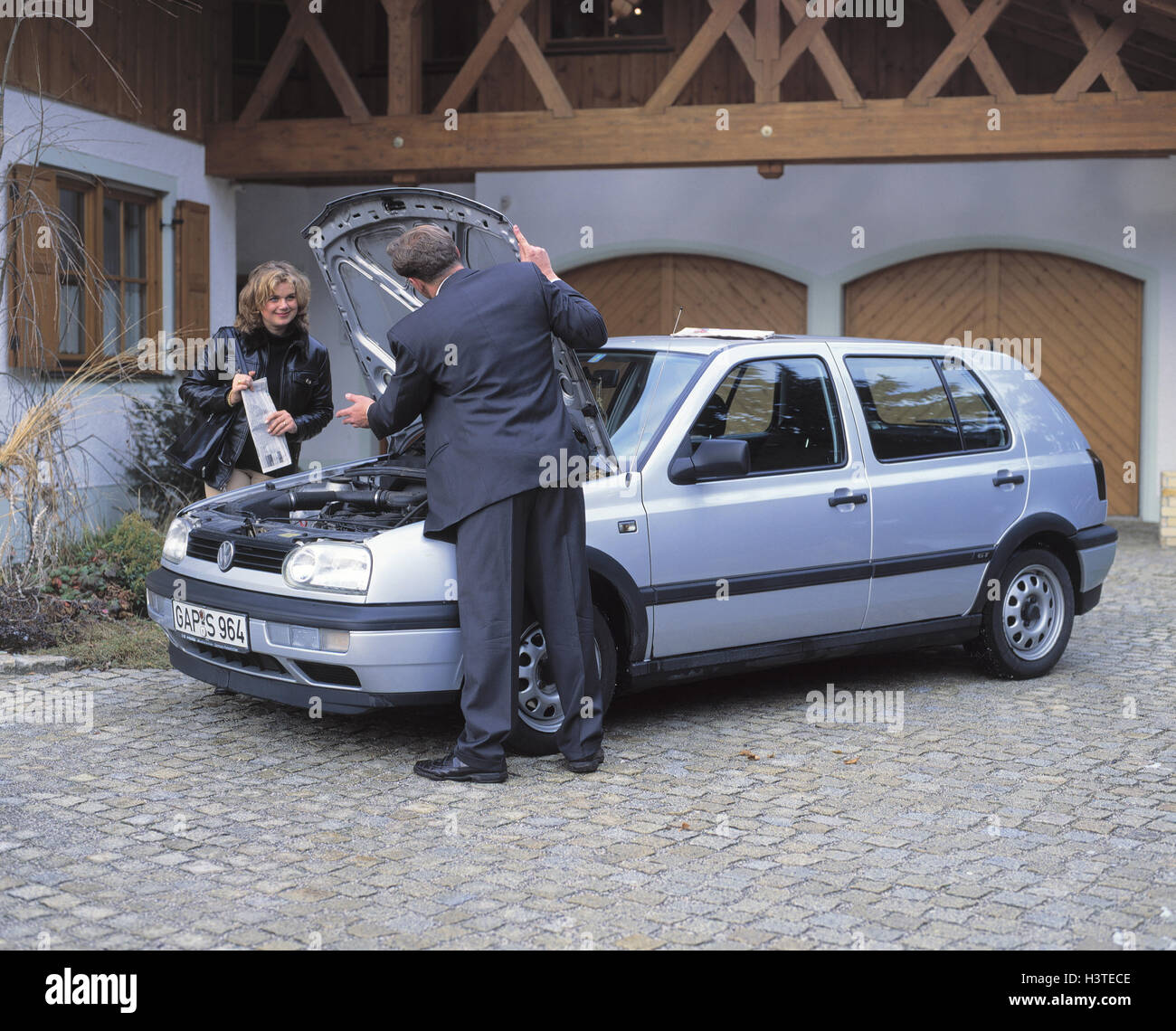 Frau Autokauf Privat Gebrauchtwagen Vw Golf Auto Käufer Kauf