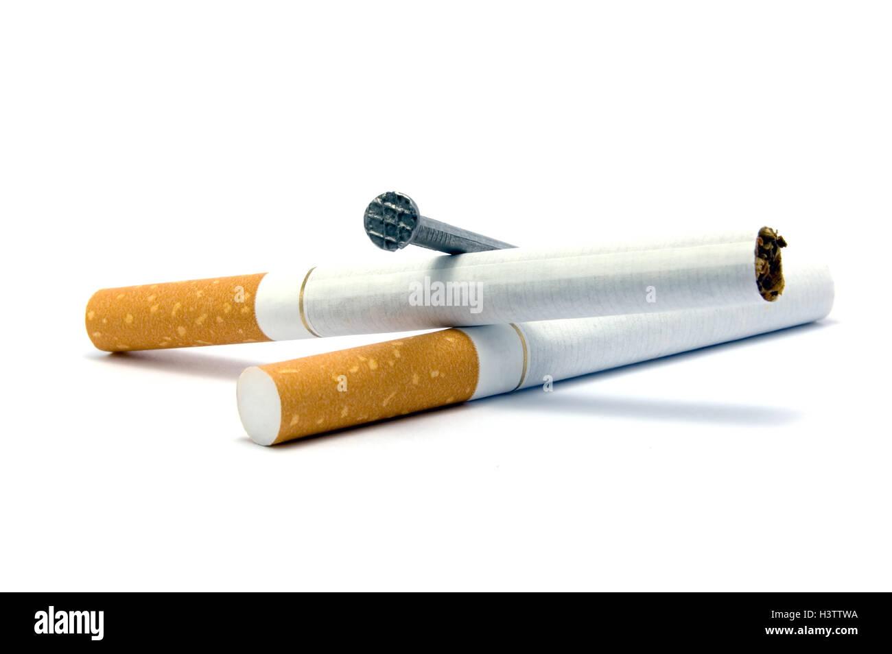 Zigaretten und Sarg Nagel Metapher, Raucherentwöhnung Konzept, große ...