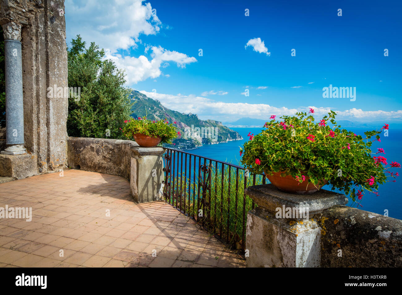 Villa Cimbrone ist ein historisches Gebäude in Ravello an der Amalfiküste Süditalien. Stockbild