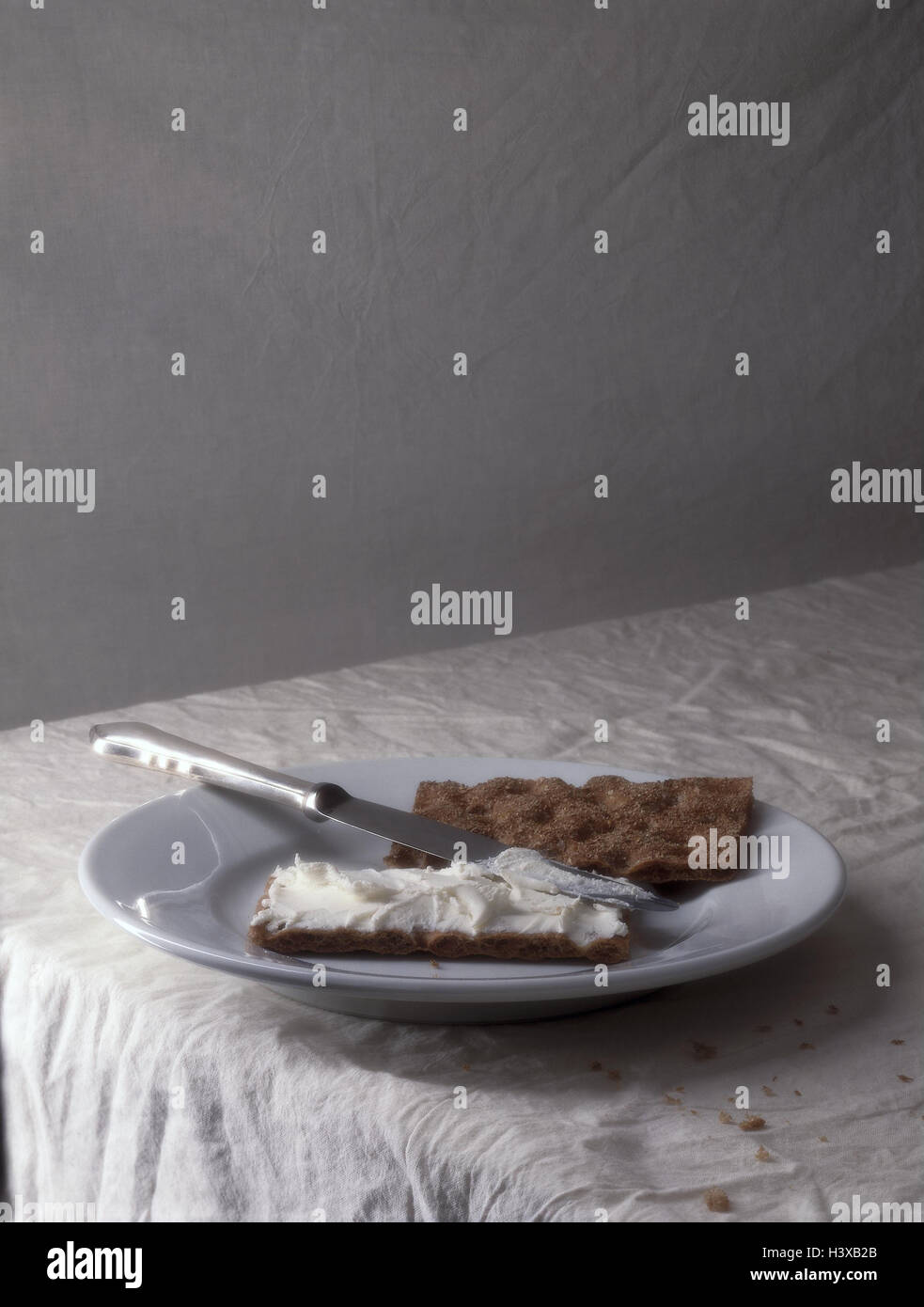 Platten Knackebrot Messer Quark Verteilt Snack Schuss Brot Diat