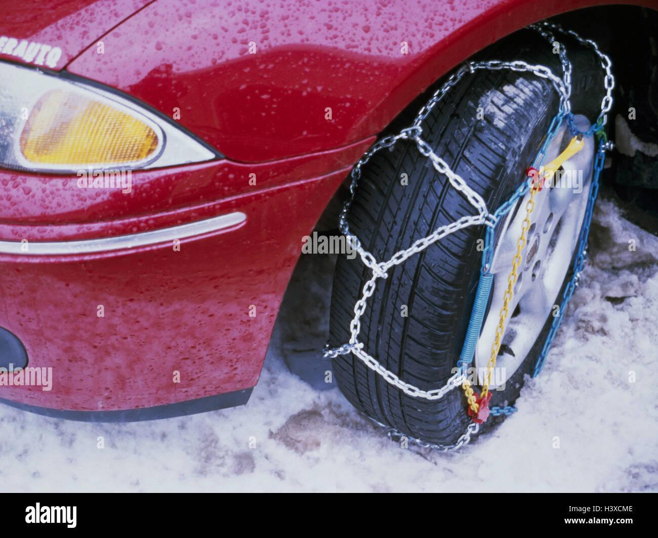 PKW, Detail, Reifen, Anti-Rutsch-Ketten, Verkehr, Auto, Winterausrüstung, Sicherheit, Winter, Schnee, schneebedeckte Stockbild