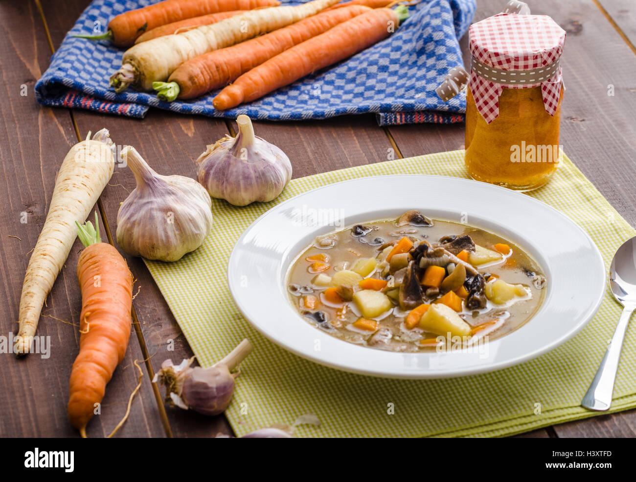 Potato Soup With Mushrooms Stockfotos & Potato Soup With Mushrooms ...