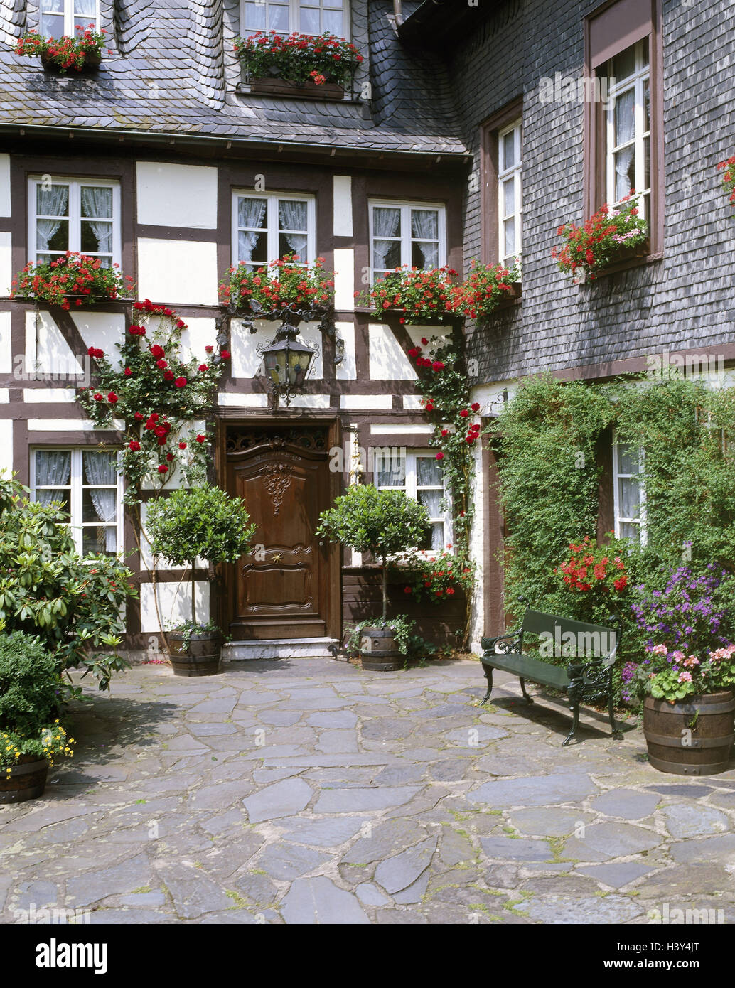 Sehr Fachwerkhaus, Fassade, Blumenschmuck, Innenhof, detail, Europa SZ55