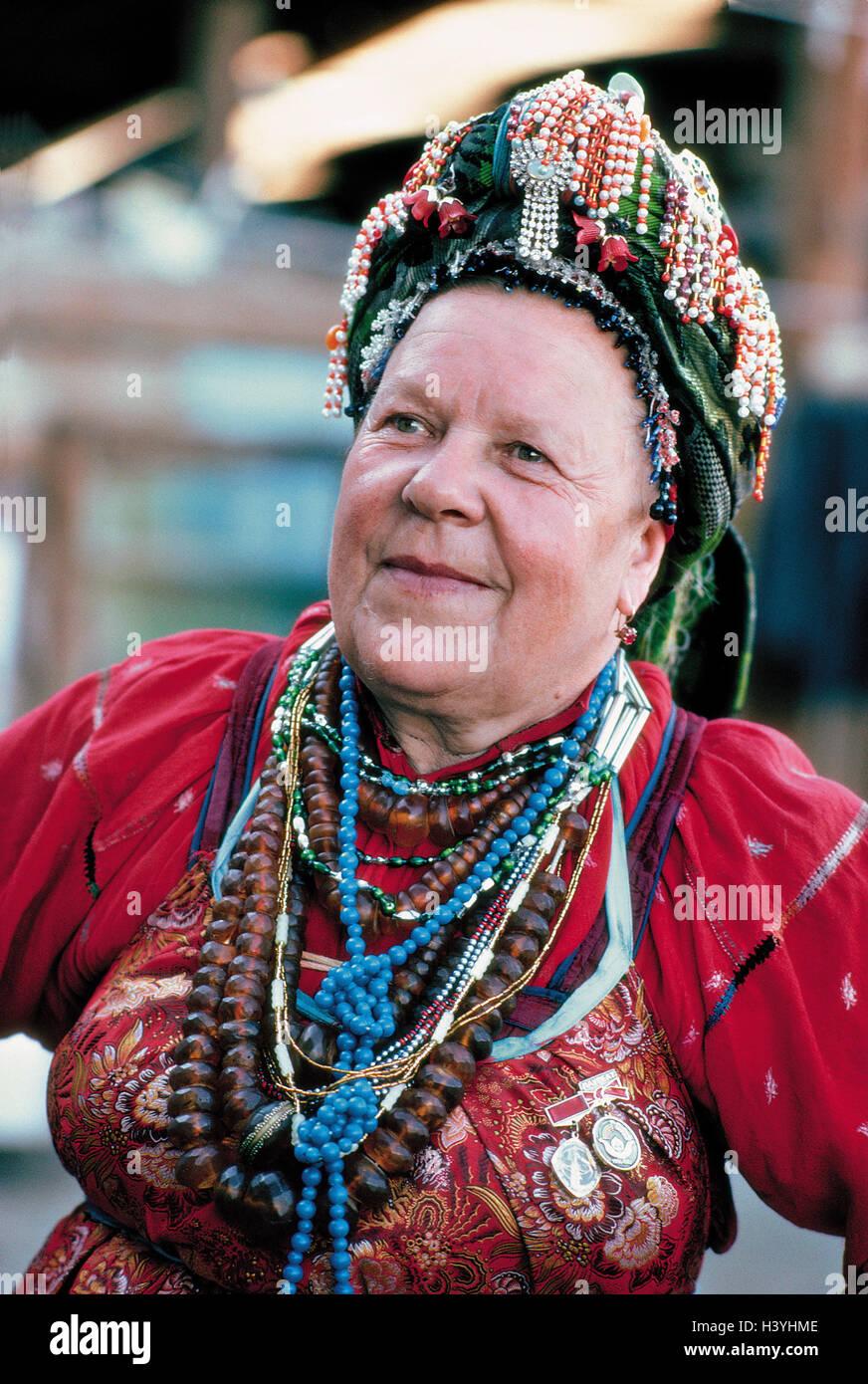 Russland Sibirien Buryatiy Bolschoi Kunalei Frau Folklore