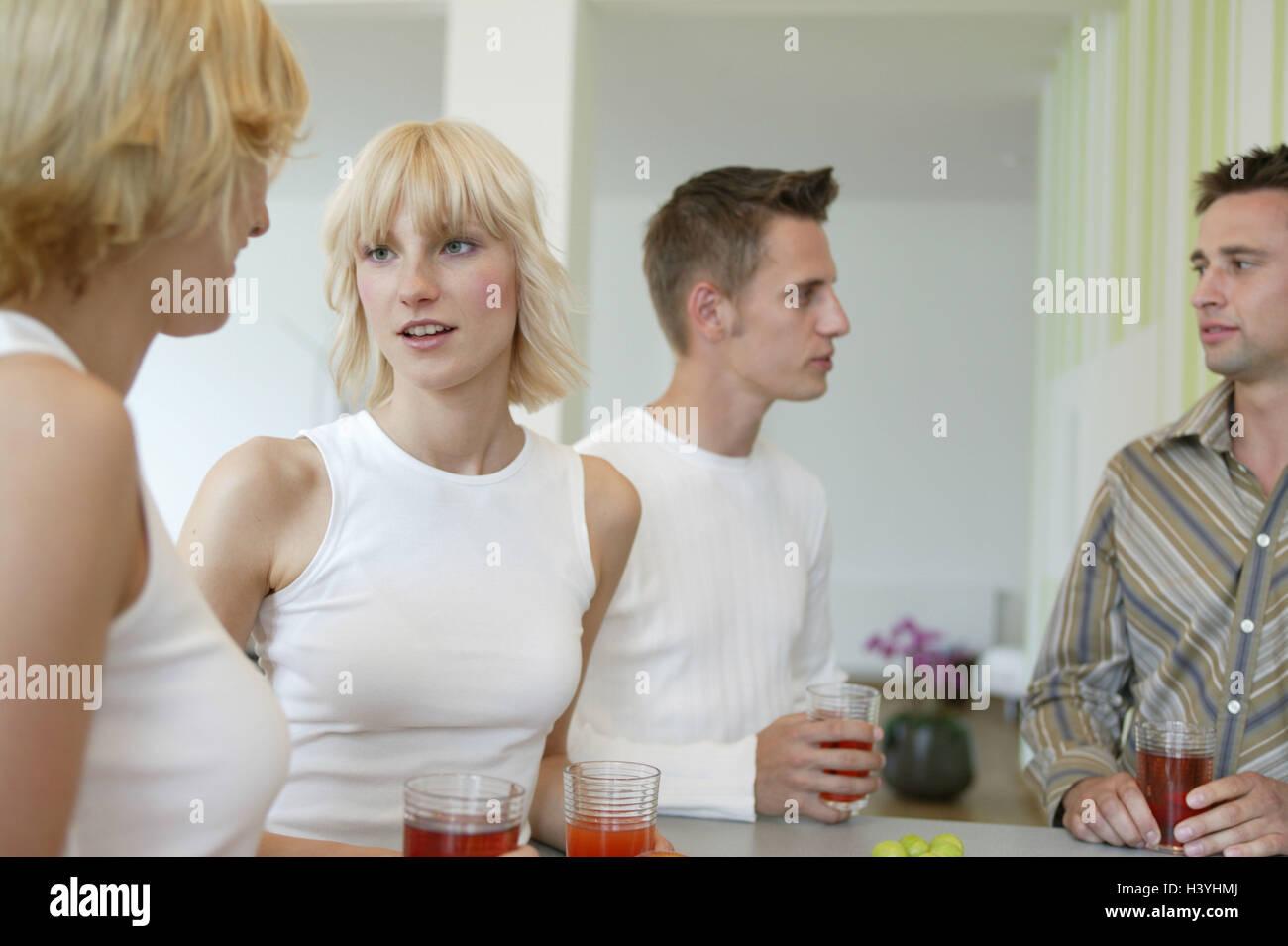 Gruppe, Freunde, Bars, Ständer, Getränke, Unterhaltung, Clique ...