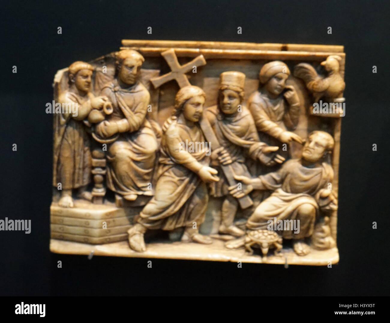 Elfenbein-Schatulle Platten Darstellung der Ereignisse um den Tod Christi. Vom 5. Jahrhundert Stockbild