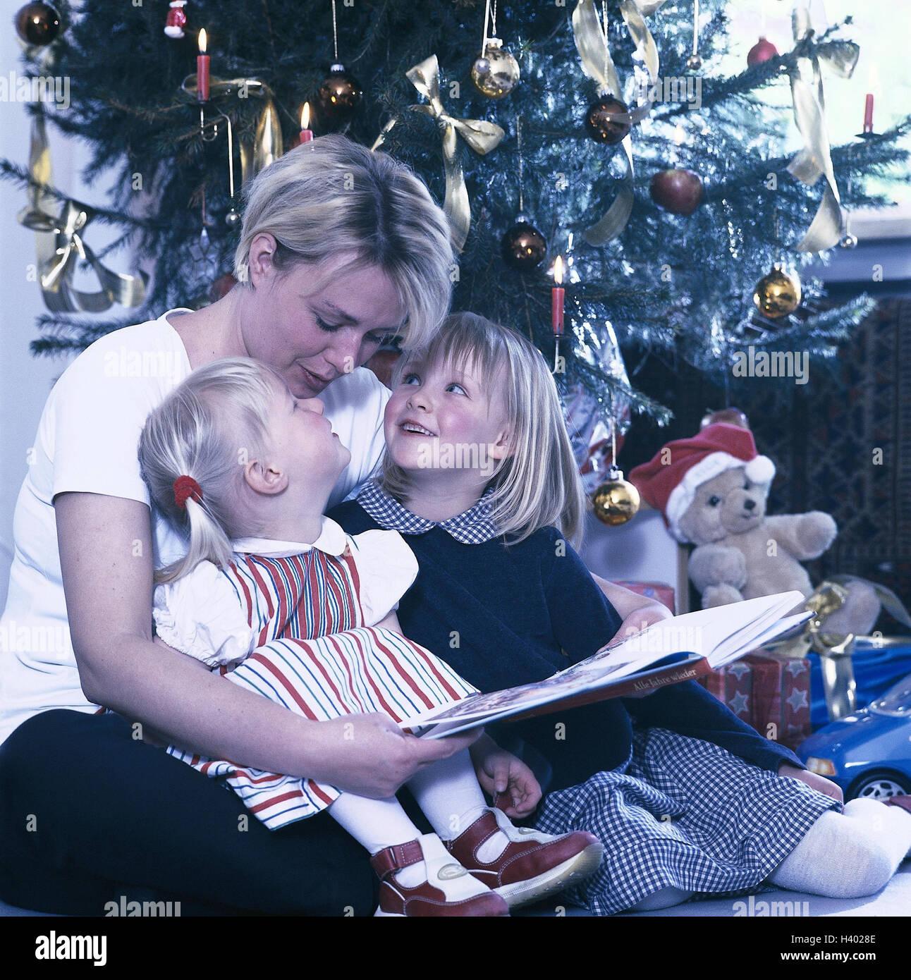 Weihnachtsgeschichte mit weihnachtsbaum