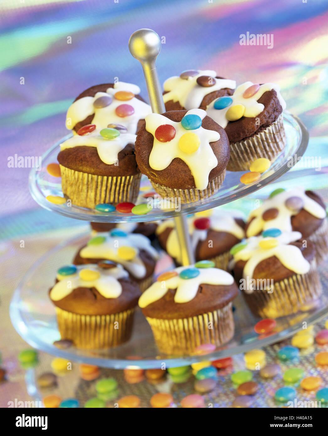 Etagere Schoko Muffin Schokolinsen Ernahrung Ungesund Essen