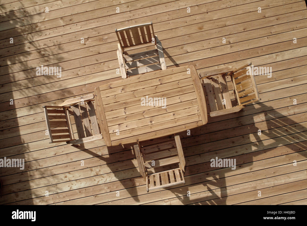 terrasse, holzboden, tisch, stühlen, von oben beplankung boden