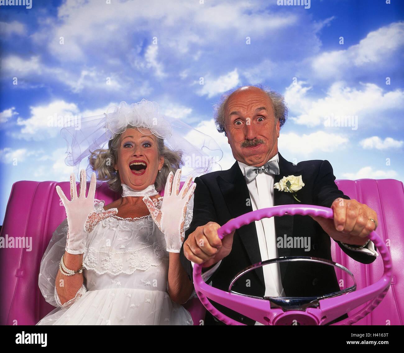 Braut und Bräutigam, Senioren, Autofahren, Cabriolet, rosa, Detail ...