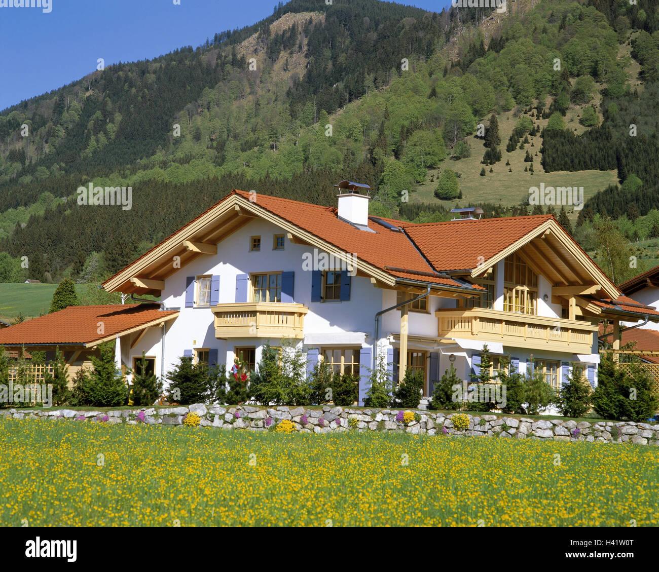 deutschland allg u nahe f ssen wohnhaus garten europa bayern haus baustil architektur. Black Bedroom Furniture Sets. Home Design Ideas