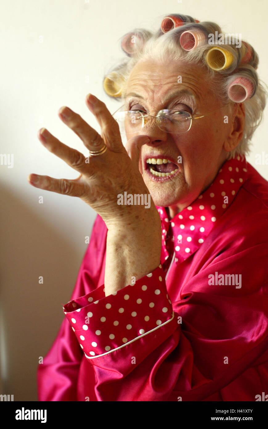 Senior Lockenwickler Geste Lange Nase Porträt 60 70 Jahre