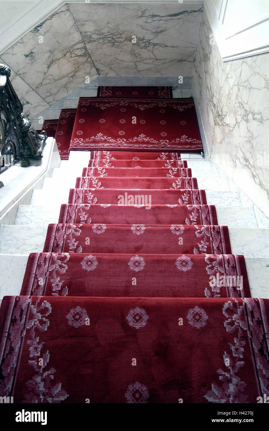 Treppenhaus Detail Teppich Rot Von Oben Treppe Aufstieg Treppen