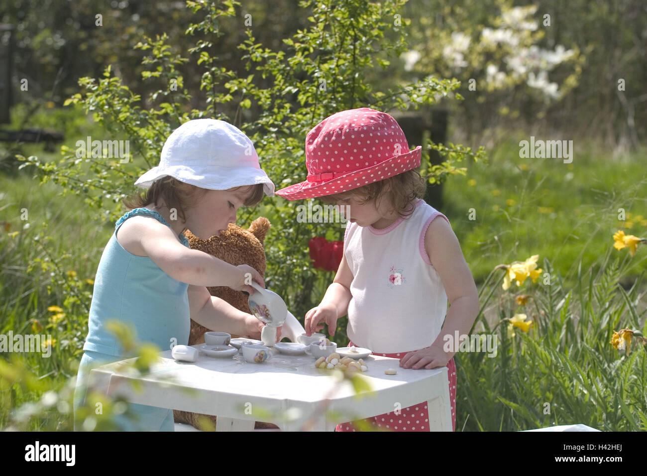 garten, mädchen, spielen, tea-party, auf der seite, kinder, 2-4