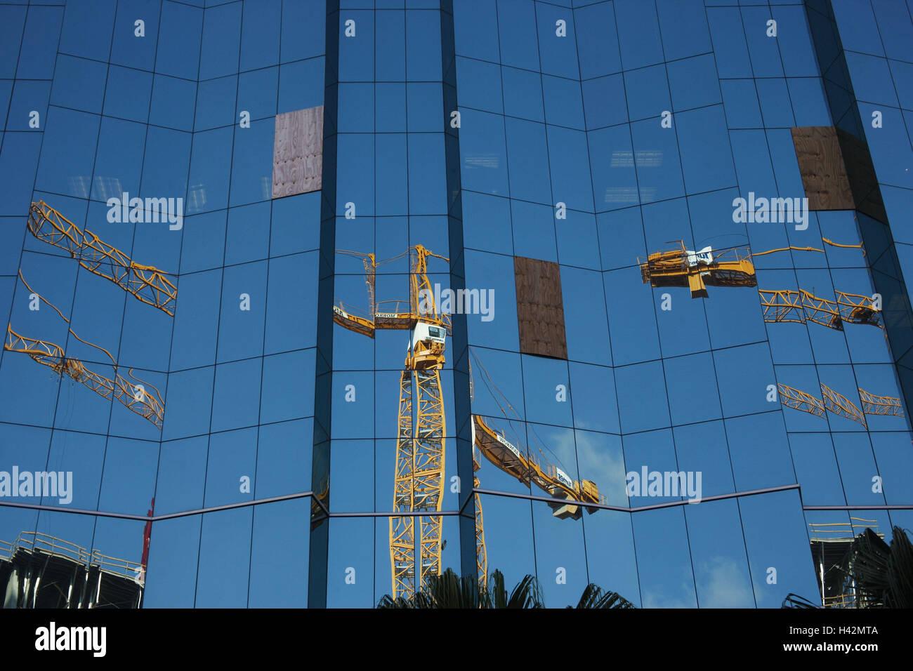 Hochhaus Glasfront Spiegelung Krane Viele Detail Wirtschaft