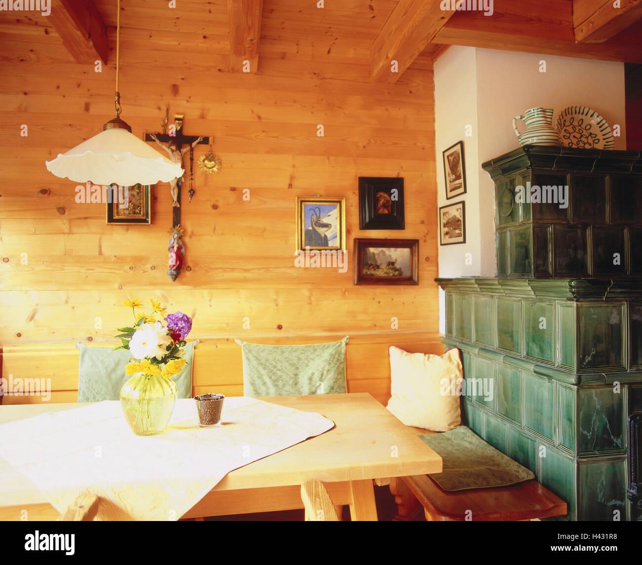 wohnraum kachelofen zimmer bauernstube k che wohnraum essecke eckbank esstisch holzteil. Black Bedroom Furniture Sets. Home Design Ideas